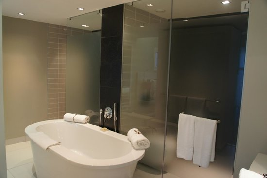 Radisson Blu Hotel, Port Elizabeth: Bathroom
