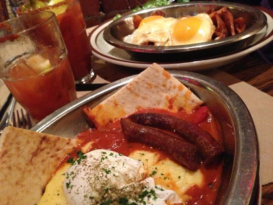 The Beehive: Brunch!