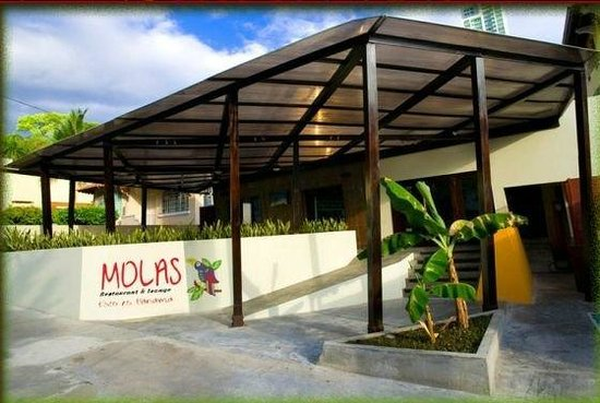 Las Molas Restaurant and Lounge