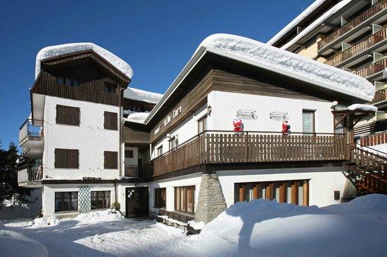 Sauze d'Oulx, Italia: Hotel Villa Cary   www.villacary.com