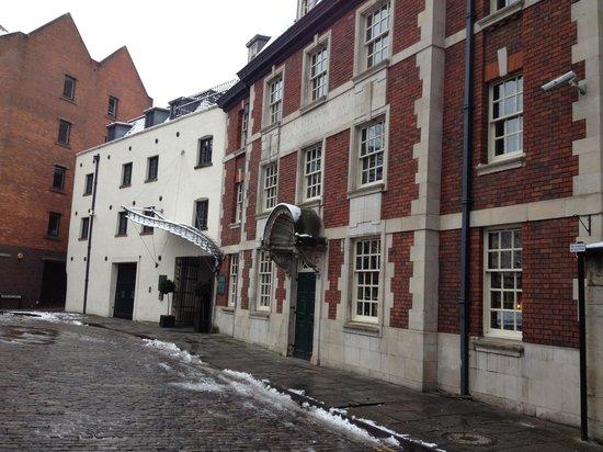 Hotel du Vin & Bistro:                   Exterior