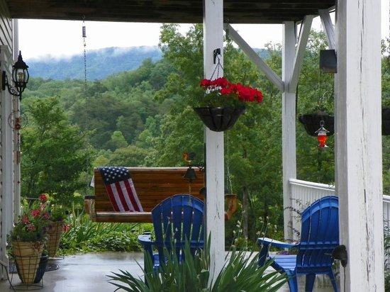 Sweetberries Bed and Breakfast: July fourth on the South Porch