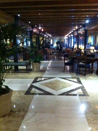 Hilton Molino Stucky Venice Hotel: Hall