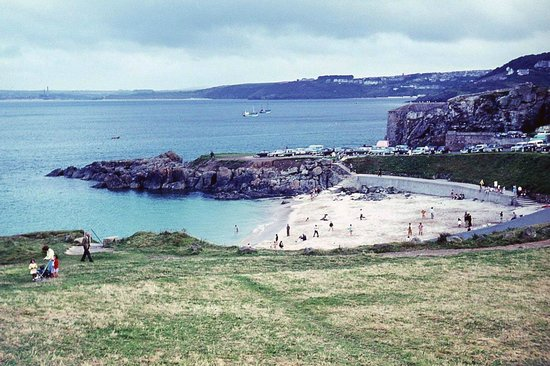 Porthgwidden Beach