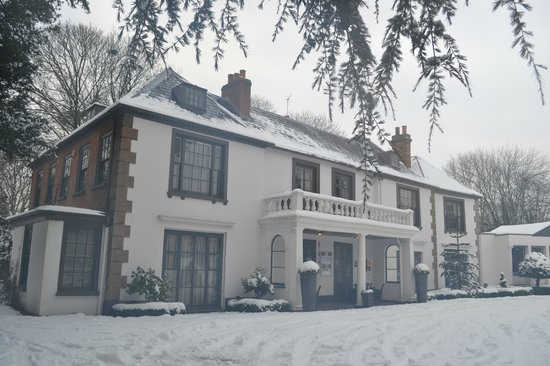 Satis House Hotel: Satis in the snow