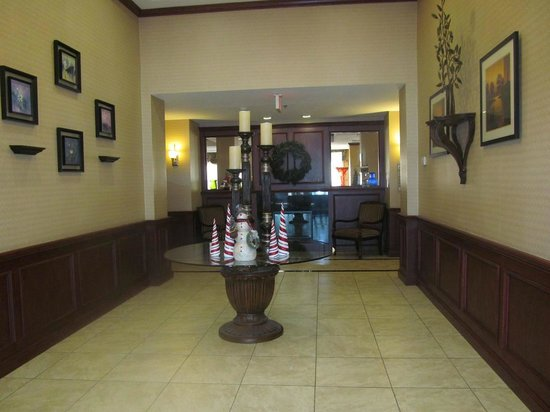 Holiday Inn Express Hotel & Suites Perry: foyer