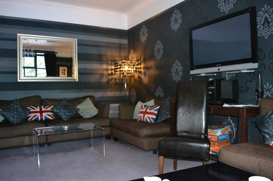 Satis House Hotel: The lounge