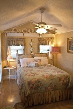 Hidden Springs Bed and Breakfast: Tobe Smith Cottage