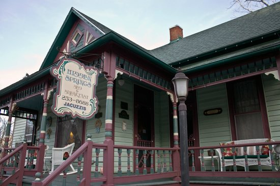 Hidden Springs Bed and Breakfast: Hidden Springs, Eureka Springs, Arkansas