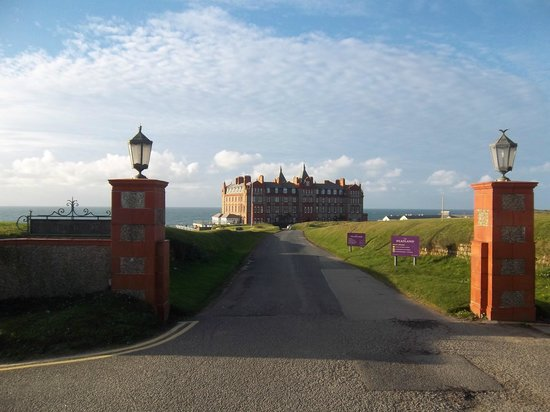 The Headland Hotel & Spa - Newquay:                   Grand entrance