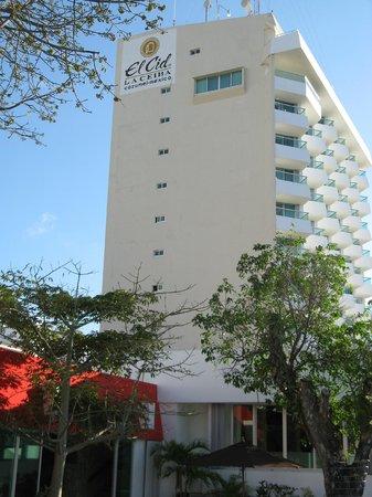 """El Cid La Ceiba Beach Hotel:                   El Cid """"tower"""""""