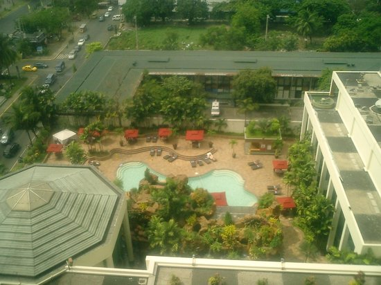 Diamond Hotel Philippines:                   view from the room