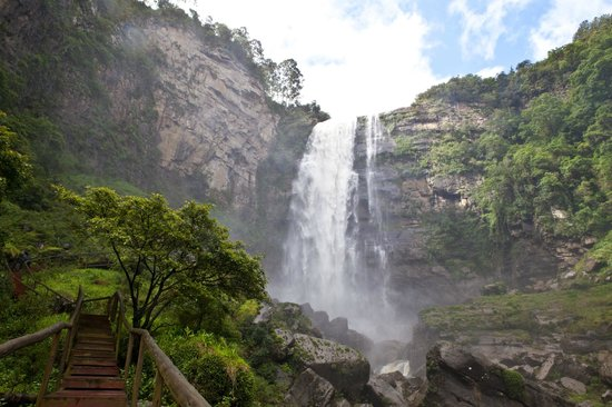 Karkloof Safari Spa's amazing 106m waterfall ...