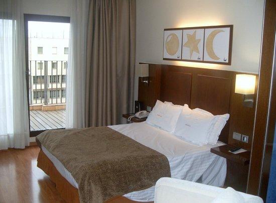 โรงแรมแอตาเอเทรียมพาเลส:                   bed