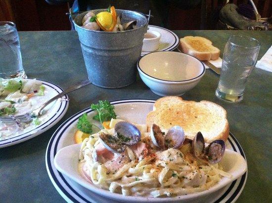 Dooger's Seafood & Grill:                   Mmmmm