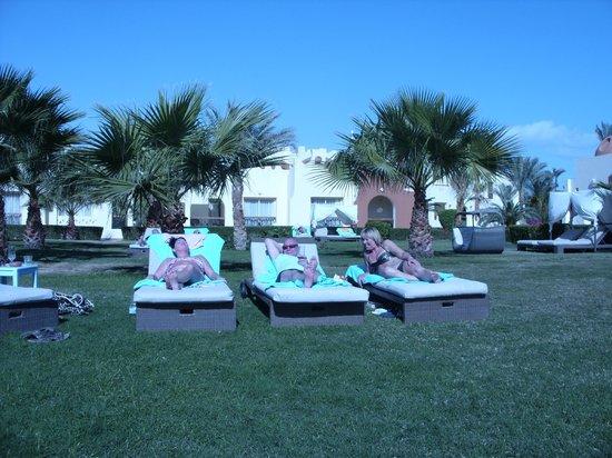 SUNRISE Select Royal Makadi Resort:                   Adult Area