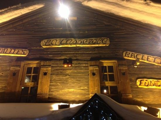 Restaurant la casserole :                   move along…