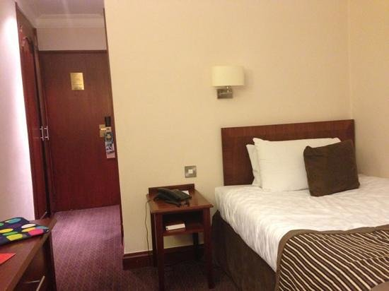 The Royal Angus Hotel:                   lonely dusty single room