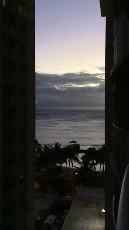 Aston Waikiki Beach Hotel: room view
