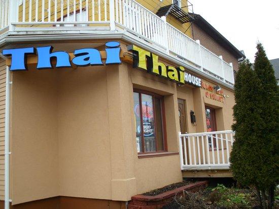 Swadee Thai house:                   Entrance of Restaurant