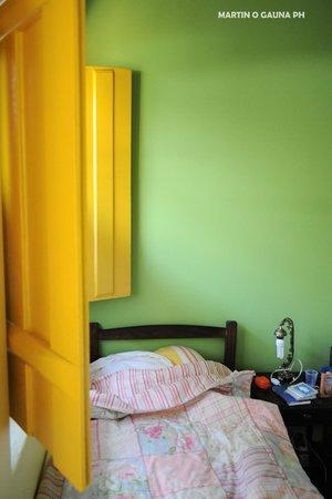 Pousada Solar do Algarve: bed and window