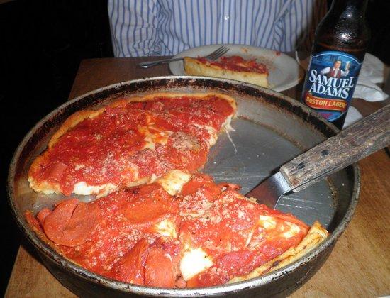 Lou Malnati's Pizzeria: Pepperoni deep dish