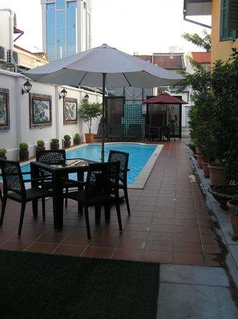 Yeng Keng Hotel: Pool