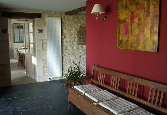 Château La Gravière : Entrée vers la salle à manger