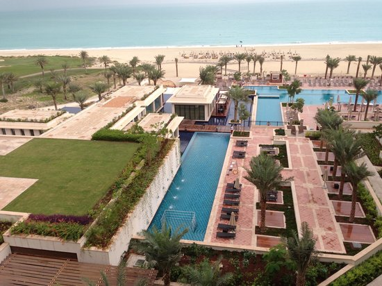 The St. Regis Saadiyat Island Resort:                                     St regis