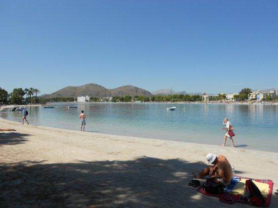 Club MAC Alcudia:                   Local beach