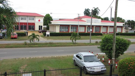 Guesthouse Amice: view roadside Guesthous Amice Paramaribo