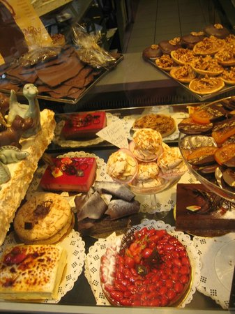 Patisserie Massoulier : Delectable selection