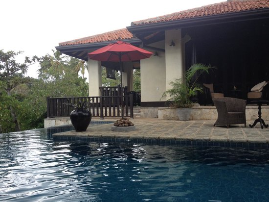 Sergeant House :                   The pool
