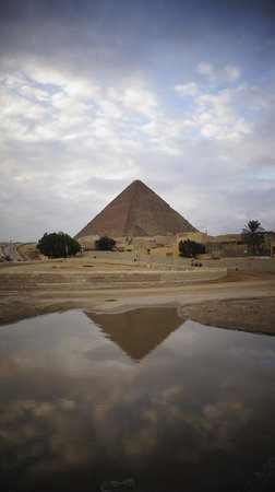 Ramasside Tours - Private Day Tours:                   Nile around the piramids?? You can do it only with Ramses Tours!!!