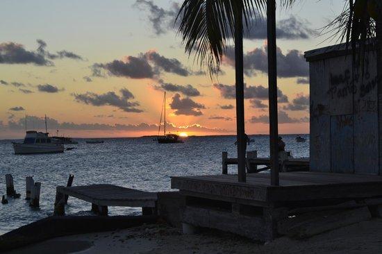 Posada Piano y Papaya Los Roques :                   Muelle