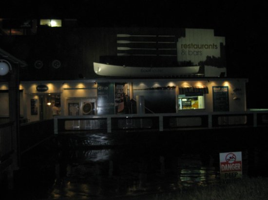 Noosa Boathouse & Sunset Bar:                                     Front View