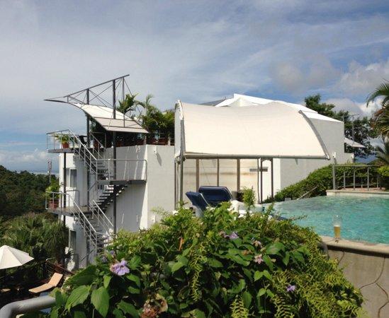 Gaia Hotel & Reserve:                   HOTEL