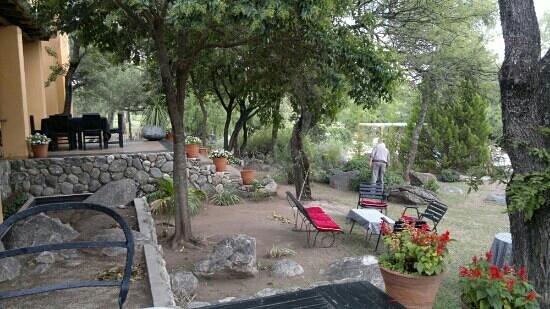 Hotel Estancia de la Cruz: parque