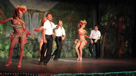 Decameron Los Cocos:                   Entertainment plus...