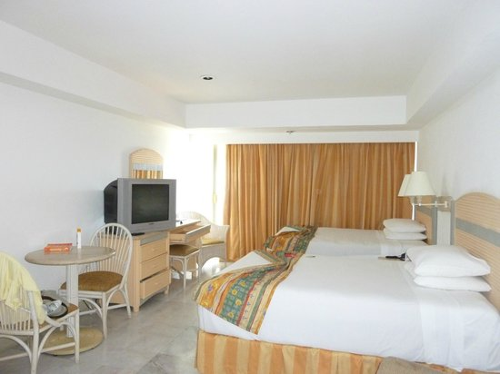 Tesoro Ixtapa:                   room