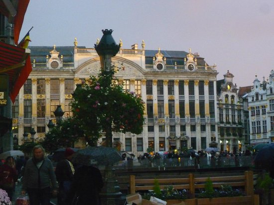 Novotel Brussels Grand Place:                   VIEW FROM OUTSIDE THE HOTEL