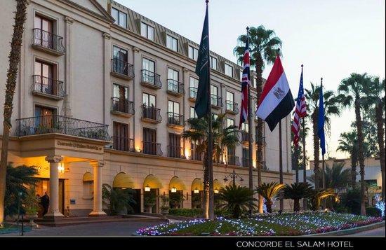 Concorde El Salam Hotel: Hotel Main Enterence