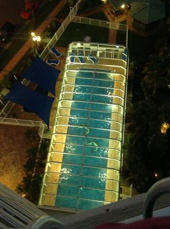 19th Avenue on the Beach :                   pool at night
