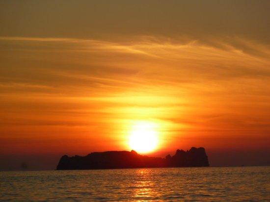 Tesoro Ixtapa:                   Sunset from the beach