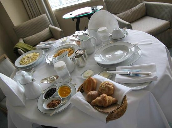 Park Hyatt Tokyo:                   A great breakfast in our room