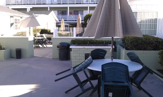The Beach Cottages :                   Private patio