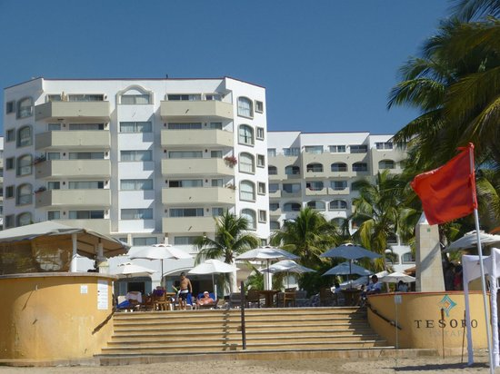Tesoro Ixtapa:                   view of resort from beach