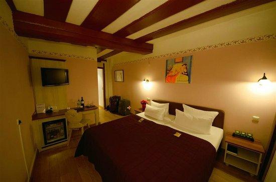 Hotel Elch: Room