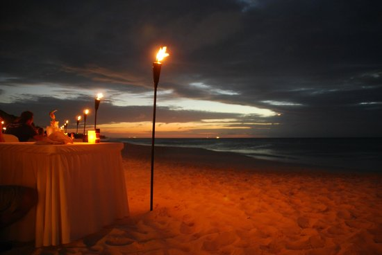 Tropicana Aruba Resort & Casino: Passions on the beach restaurant
