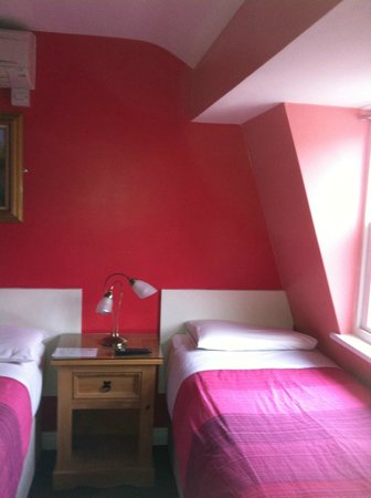 Cherry Court Hotel London Reviews